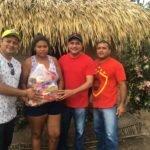 Zé Inácio entrega cestas para famílias carentes de Bequimão no Natal