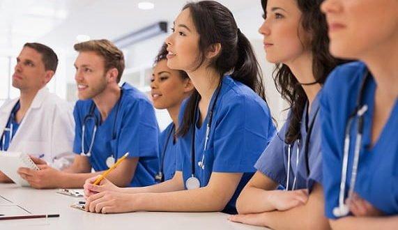 Ministério da Saúde lança edital de concessão de bolsas para programas de residência médica