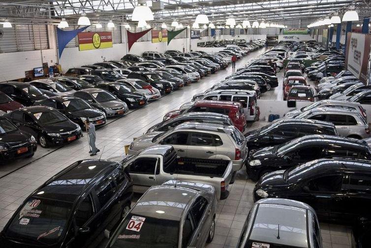 Produção de veículos cresce 6,7% em 2018, diz Anfavea