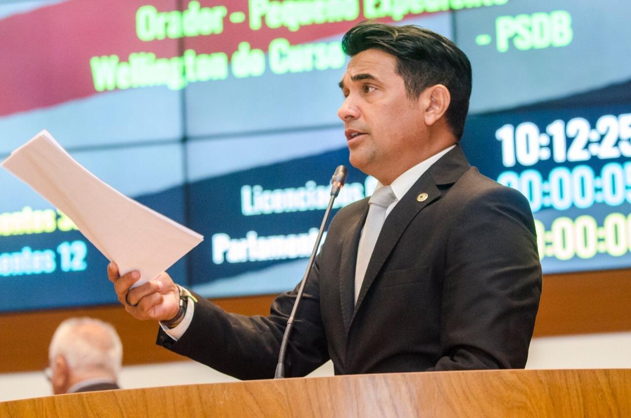 Em defesa dos professores, Wellington do Curso propõe alteração em Medida Provisória