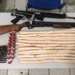 AÇÃO DAS POLÍCIAS APÓS PERSEGUIÇÃO APREENDE ARMAS E ENCARTUCHADOS DE EXPLOSIVOS NO MUNICÍPIO DE ARAIOSES