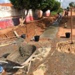 Prefeito Toinho Patioba inicia serviços de drenagem para o escoamento de águas