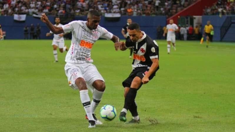 Ninguém feliz: Vasco e Corinthians ficam no empate em Manaus