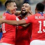 Mesmo com gols anulados, Chile vence nos pênaltis e chega à semifinal