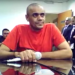Justiça absolve Adélio e determina internação; Bolsonaro diz que vai recorrer