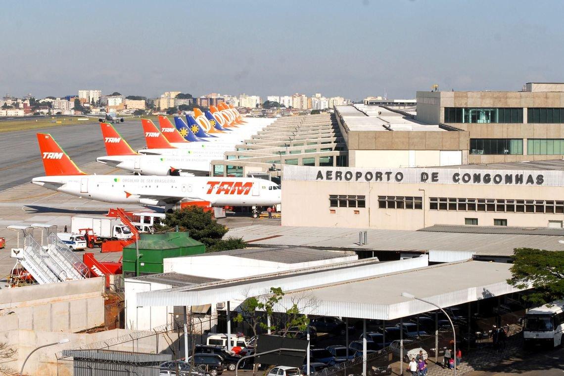 Anac decide redistribuir slots da Avianca para empresas em Congonhas