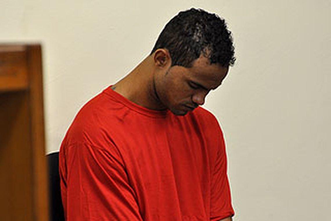 """""""Liberdade"""" ex-goleiro Bruno sai da prisão e vai para regime semiaberto"""