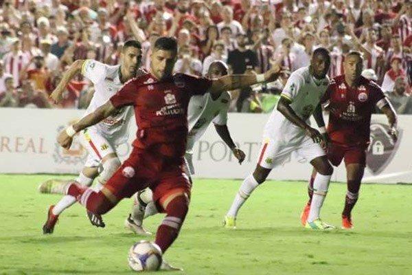 Sampaio sofre virada e perde para o Náutico em Recife