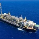 Estados e municípios reivindicam fatia maior de bônus do petróleo no pacto federativo