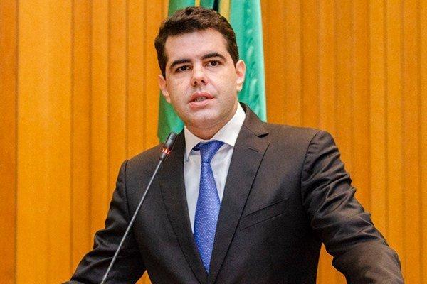 Requerimento de Adriano garante aprovação de reajuste salarial dos servidores do TJ-MA