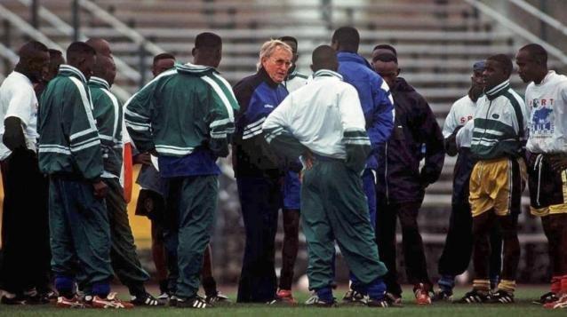 Morre treinador que mais dirigiu times na história do futebol