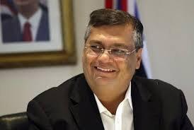 Em uma entrevista a revista ISTO É, Flávio Dino diz: Estamos num processo de ilegalidade incontrolável