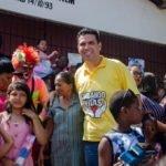 Fábio Macedo leva diversão e presentes para crianças do Coroadinho e Salinas