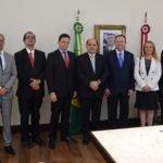 Membros do MPMA são recebidos pelo governador em exercício