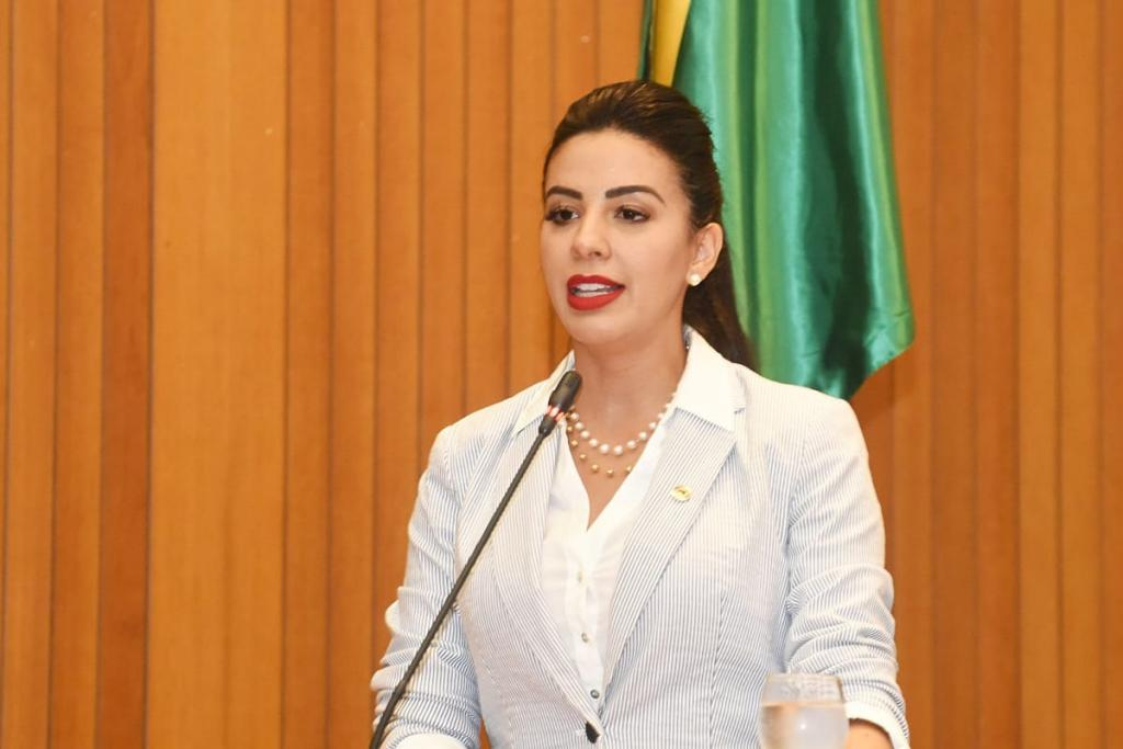 Deputada Daniella Tema propõe criação de Frente Parlamentar de Combate ao Feminicídio