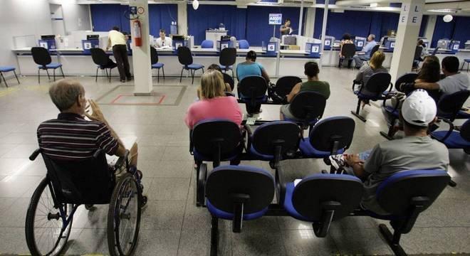 Leilão da Folha do INSS deve gerar arrecadação de R$ 24 bilhões