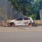 Motorista dorme ao volante, atropela e  mata uma criança,  foi linchado por moradores que também atearam fogo  em seu veículo