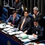 Dispensa de licitação para serviços jurídicos e contábeis é aprovada no Senado e vai à sanção