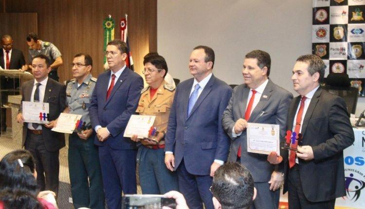 VICE-GOVERNADOR E SECRETÁRIO DE SEGURANÇA COMEMORAM 04 ANOS DO PROGRAMA PACTO PELA PAZ