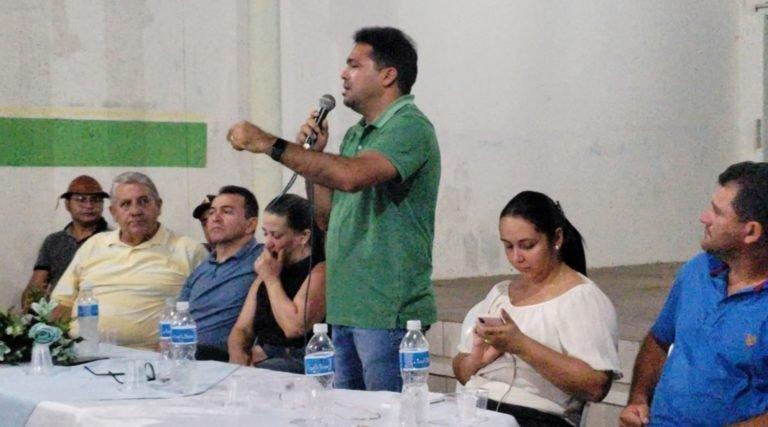Toinho Patioba se reúne com amigos e liderança políticas no club geniais