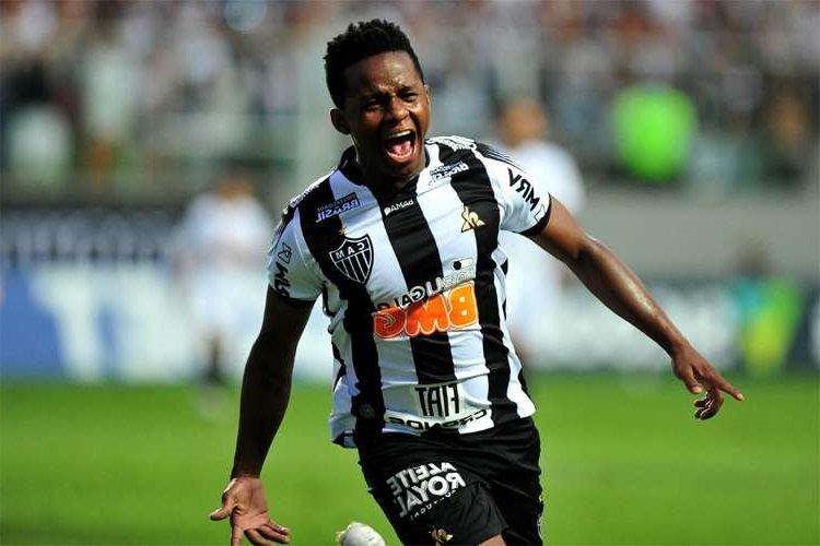 Brasileiro: Atlético-MG supera Corinthians por 2 a 1