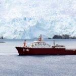Antártica: navio Almirante Maximiano atravessa Estreito de Drake