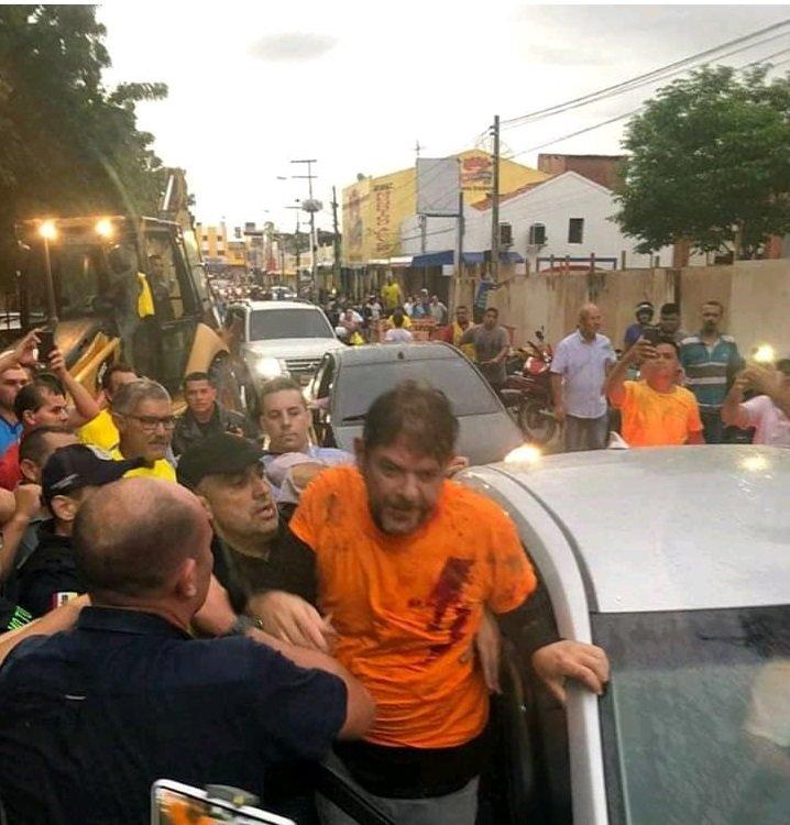 Senador Cid Gomes é baleado em Sobral, em meio a protesto de policiais