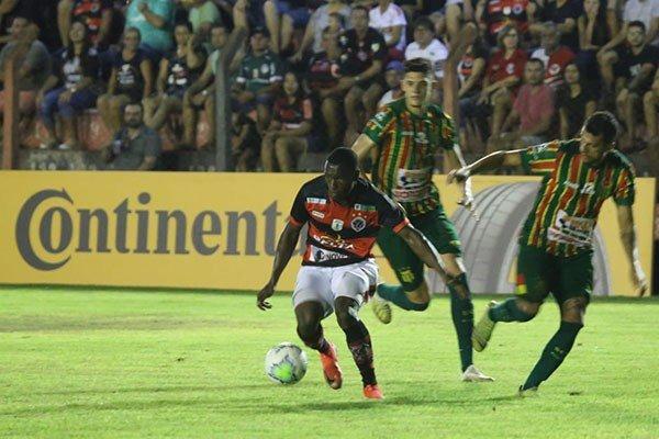 Águia Negra despacha o Sampaio da Copa do Brasil por 2 a 1