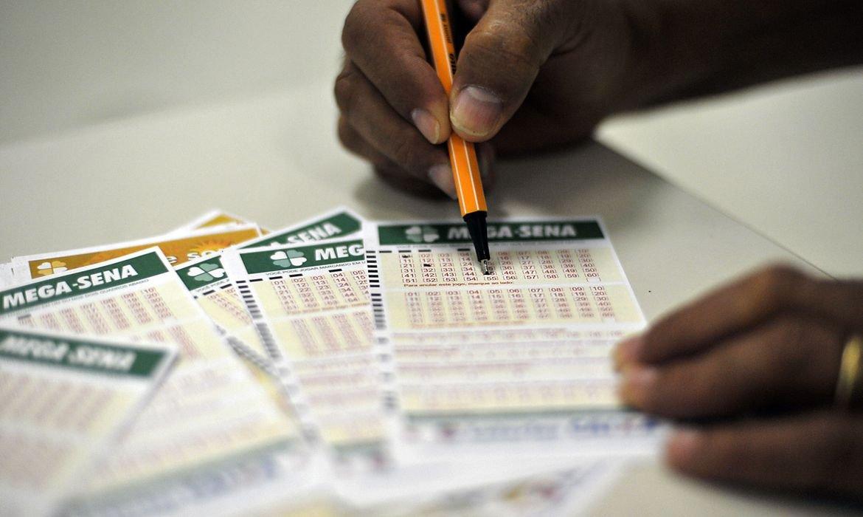 Mega-Sena acumula e próximo concurso deve pagar R$ 190 milhões