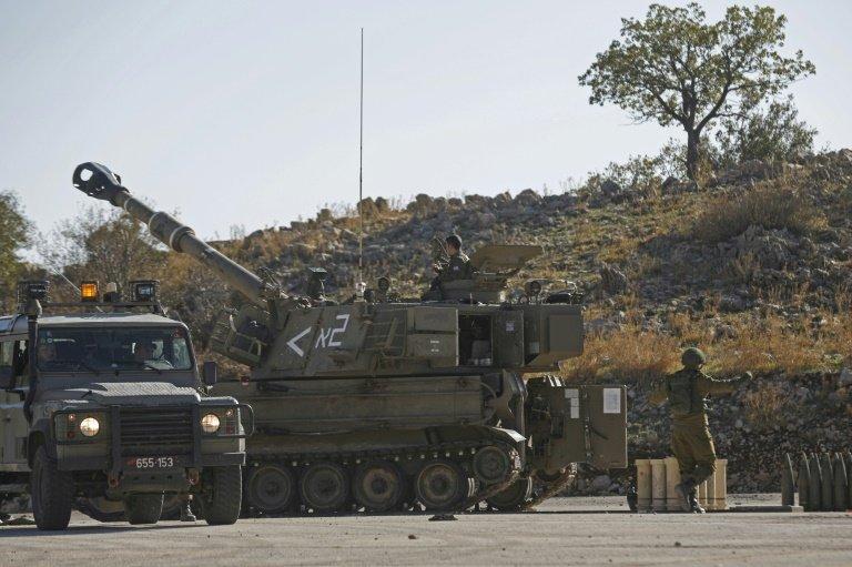 Ataque israelense com mísseis mata sete combatentes na Síria