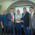 Ciro Neto participa de solenidade de entrega de ambulâncias a municípios