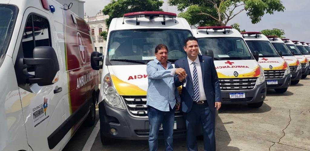 Deputado Fábio Macedo viabiliza ambulância para município de Dom Pedro