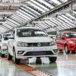 """""""A economia do Basil está infectada pelo  coronavirus"""" A Volkswagen do Brasil irá suspender as atividades de todas as suas unidades no País, por três semanas, a partir desta segunda-feira (23)"""