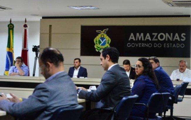 Bolsonaro cogita intervenção do governo federal na saúde do Amazonas