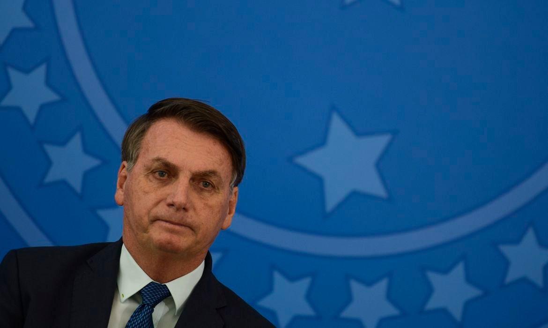 Bolsonaro diz falta orçamento para repor perdas de estados e municípios