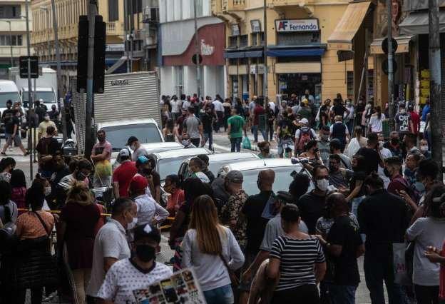 Brasil volta a registrar mil mortes pela covid em um dia