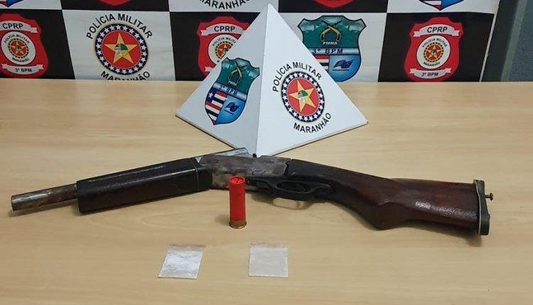 EM GOVERNADOR EDSON LOBÃO, POLICIAIS MILITARES DO 3º BPM PRENDEM SUSPEITOS COM ARMAS E DROGAS