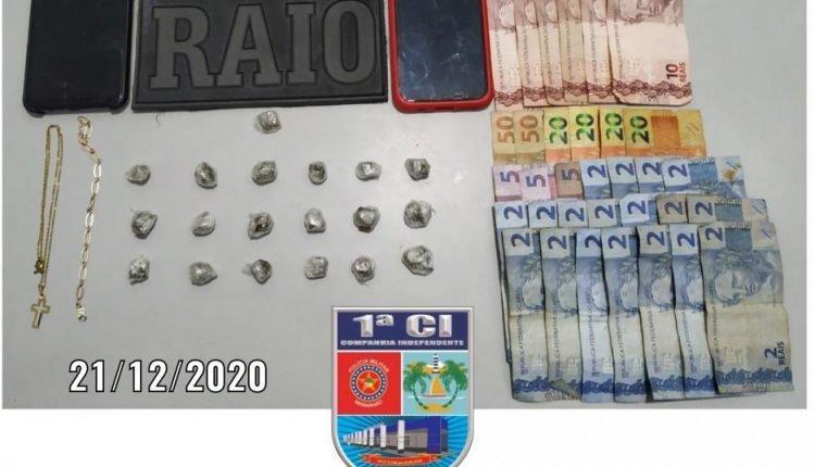 POLICIAIS DA 1ª COMPANHIA PRENDEM CINCO HOMENS SUSPEITOS DE TRÁFICO DE DROGAS EM SÃO LUIS