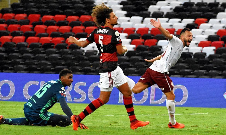 Fluminense vence Flamengo por 2 a 1 no Maracanã