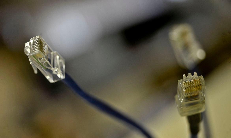 Nova meta do governo prevê fibra ótica em 99% da cidades brasileiras