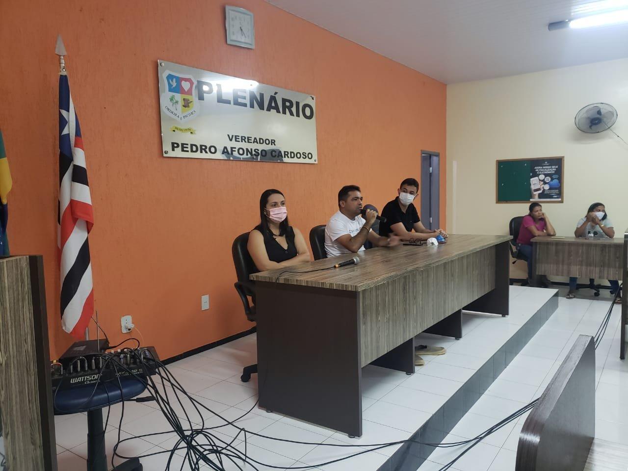 Prefeito Toinho Patioba se reúne com comerciantes para debater o combate ao covid-19