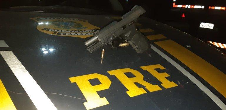 Em Timon/MA: PRF prende na BR 316 homem acusado do crime de Porte Ilegal de Arma de Fogo e Munições