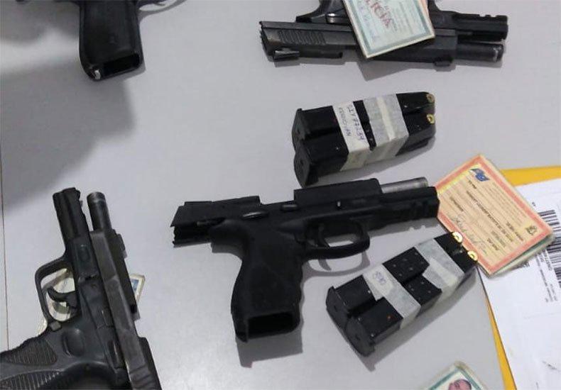 """Sete policiais militares são presos suspeitos de """"milícia privada"""" no Piauí"""