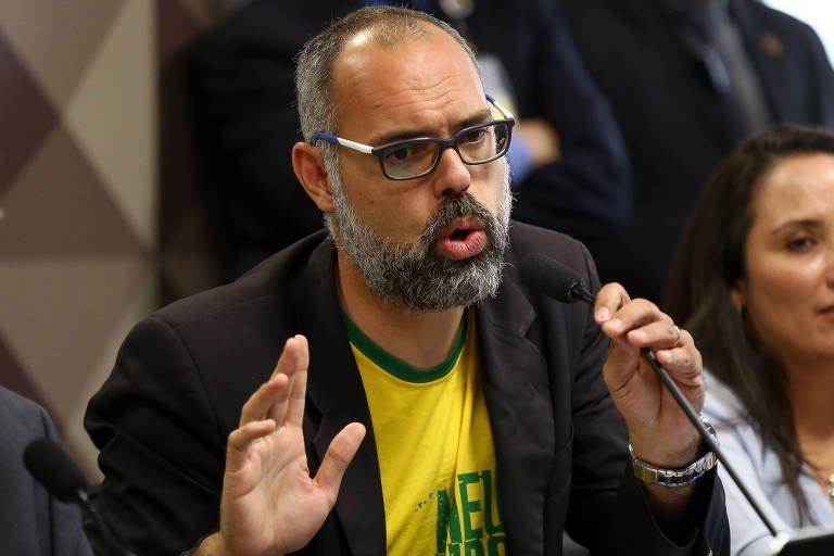 Ministro do STF determina prisão e extradição do jornalista Allan dos Santos